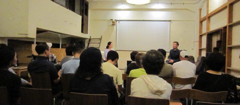 e291a1e4bd90e897a4e381bfe38286e3818de6b08fefbc88e5b7a6efbc89e381a8e58fa4e6b3a2e6b4a5e38080e999bde6b08fefbc88e58fb3efbc89e381aee38388 800x350 - 「【1/10 Fukushimaをきいてみる】上映会@大阪」を見て、聞いた